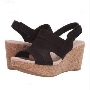 Clark's Comfort Black Wedge Sandals Sz 10